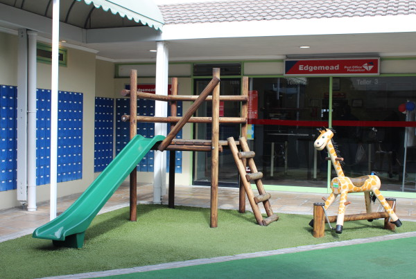 edgemead village center play area and post office